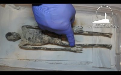 Peru Archaeologists Inside Story on Three Fingered Nazca Mummy Discovery