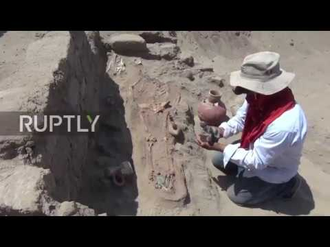 Peru: Ancient Mochica tombs and artifacts unearthed in Chiclayo